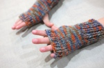 fingerless gloves 10 - cammoflage orange - in action 2